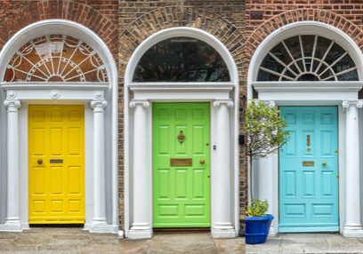 Panoramic,Rainbow,Colors,Collection,Of,Doors,In,Dublin,,Ireland